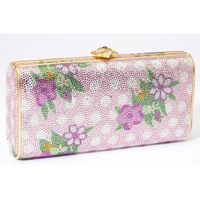 pink-crystal-floral-minaudiere-judith-leiber