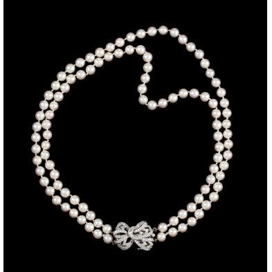 diamond-and-akoya-pearl-necklace