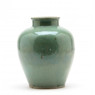 chinese-green-crackle-jar
