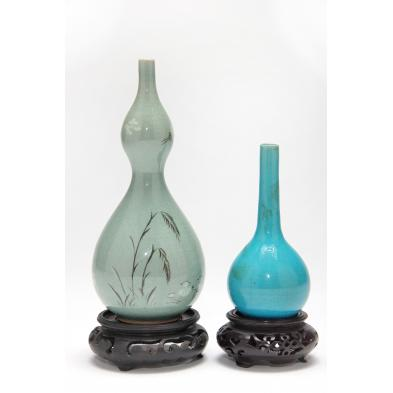 two-asian-vases