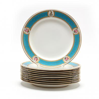 set-of-ten-royal-worcester-dinner-plates
