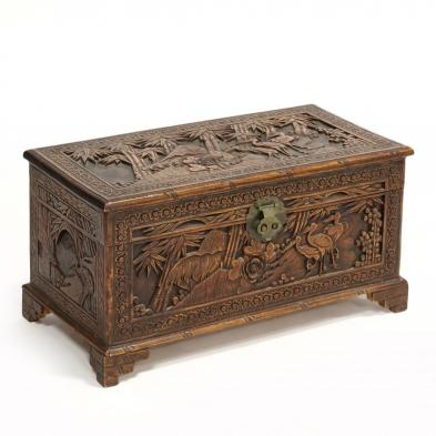 vintage-chinese-camphor-chest