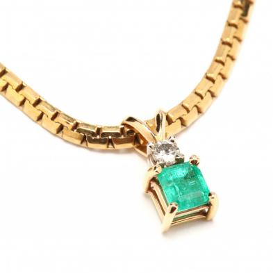 14kt-emerald-and-diamond-necklace