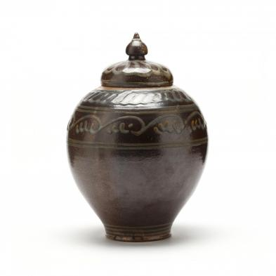 daniel-johnston-seagrove-lidded-jar