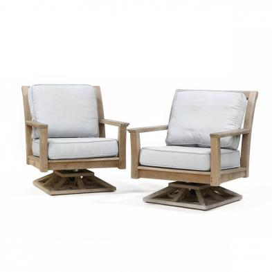 kingsley-bate-pair-of-outdoor-lounge-chairs