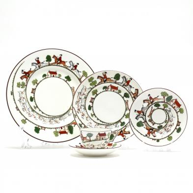 a-service-for-twelve-coalport-hunting-scene-tableware