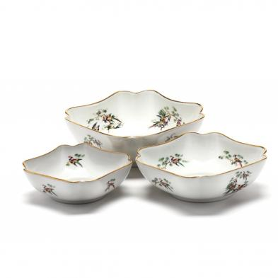 limoges-three-nested-chinoiserie-peacock-bowls