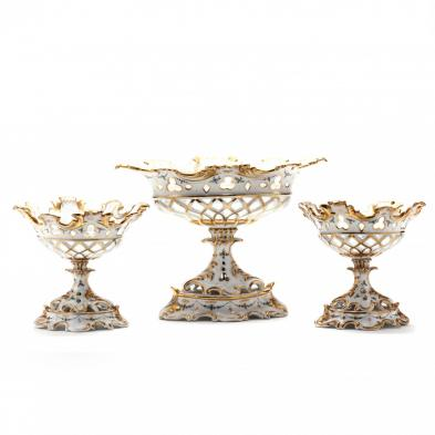 three-piece-paris-porcelain-table-garniture
