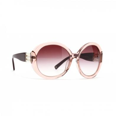 chanel-pink-frame-sunglasses
