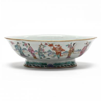 a-chinese-porcelain-rose-mandarin-serving-bowl