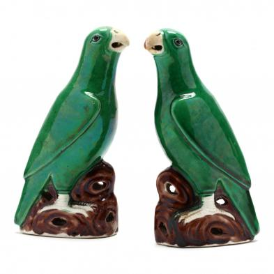 a-pair-of-chinese-export-porcelain-birds