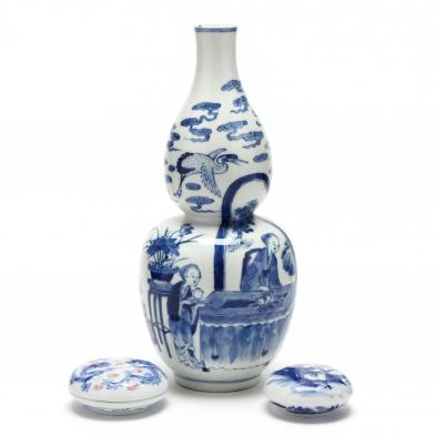 a-chinese-porcelain-double-gourd-vase-and-two-seal-paste-boxes-with-covers