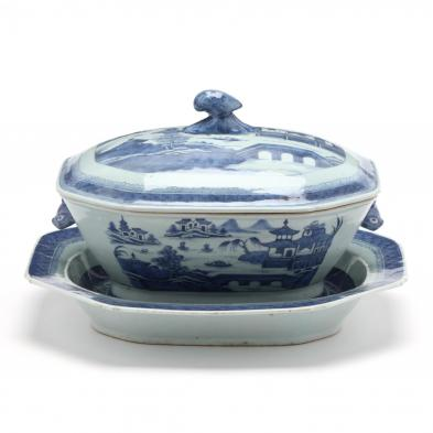 a-chinese-porcelain-canton-lidded-tureen-and-underplate