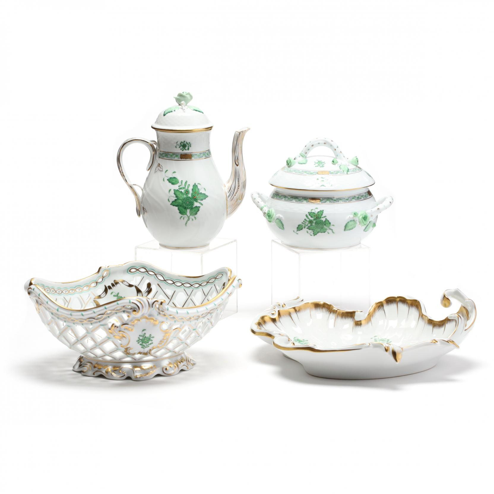 four-herend-chinese-green-bouquet-serving-pieces