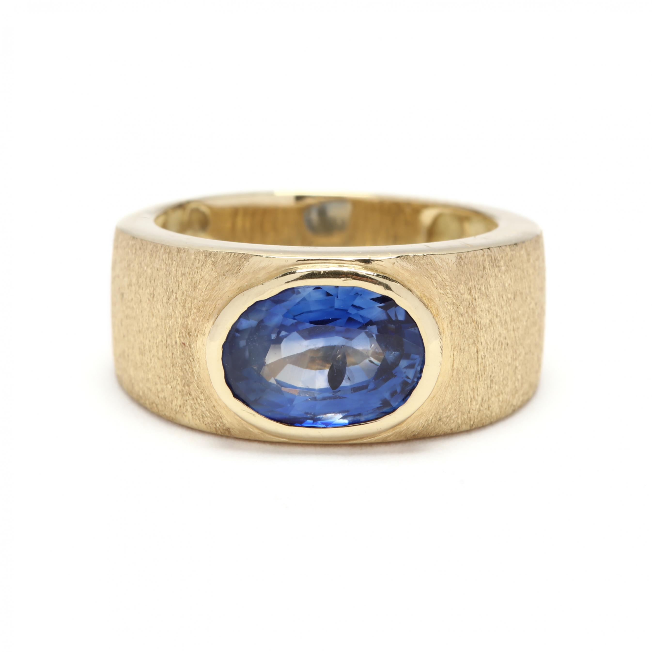 18kt-gold-and-sapphire-ring